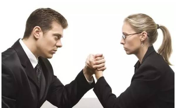 男的胖无所谓,女的越胖薪水越低?